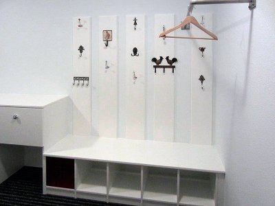 Garderobe mit Wandpaneele